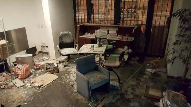 Destrozos en el diario Tiempo Argentino.