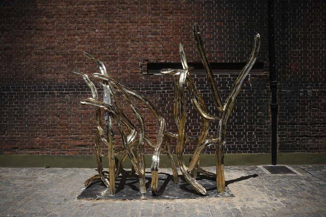 Escultura de Luna Paiva (Zmud)