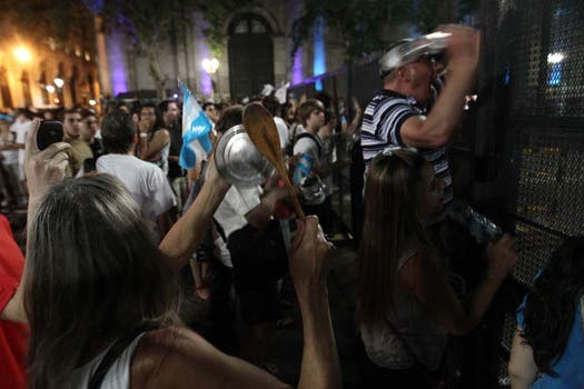 Se trata de la segunda gran protesta contra el Gobierno convocada desde las redes sociales. Foto: LA NACION / Fabián Marelli