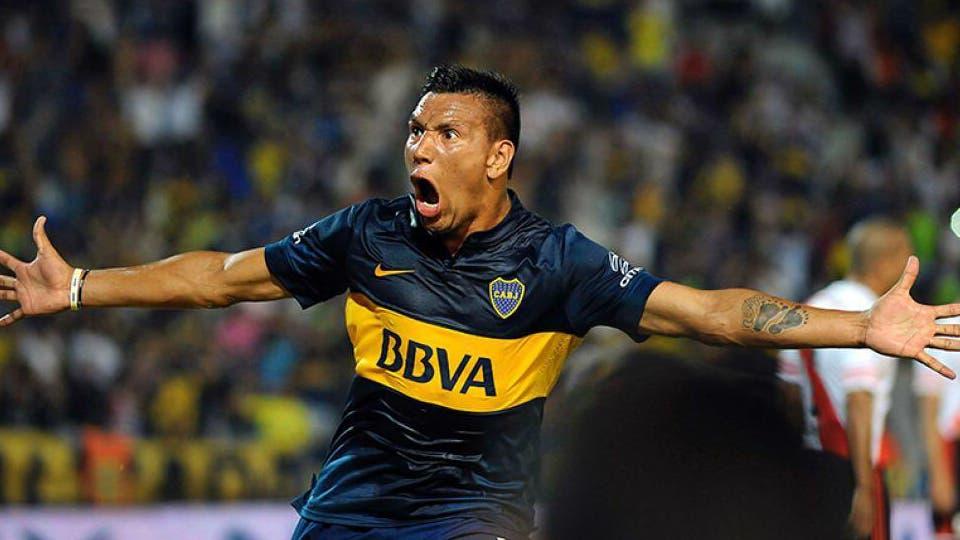 Andrés Chávez regresará al futbol argentino para jugar en Huracán