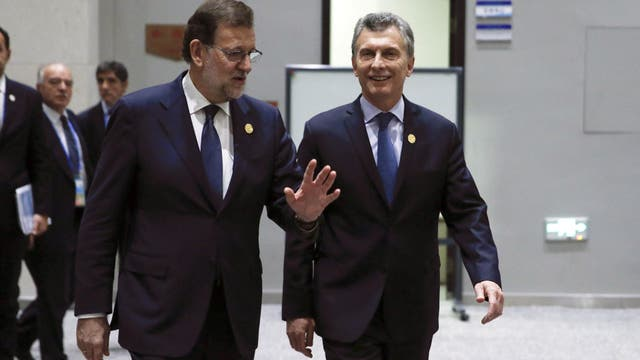 Rajoy invitó formalmente a Macri a visitar España en febrero