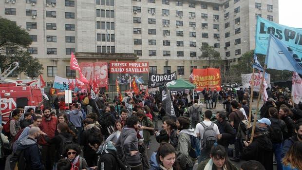 Marcha por Santiago Maldonado: indagan a los detenidos