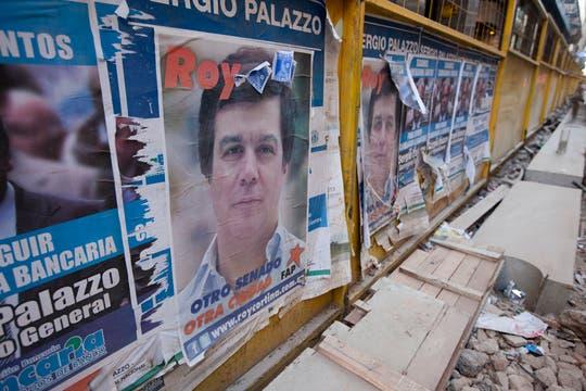 Roy Cortina (PS-FAP) apuesta a una campaña orientada a los jóvenes. Foto: LA NACION / Ezequiel Muñoz