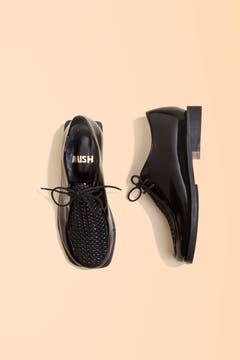 Zapatos masculinos (Mishka).