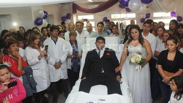 La sala de espera de la terapia se transformó en un salón de fiestas para Ivana y Luis