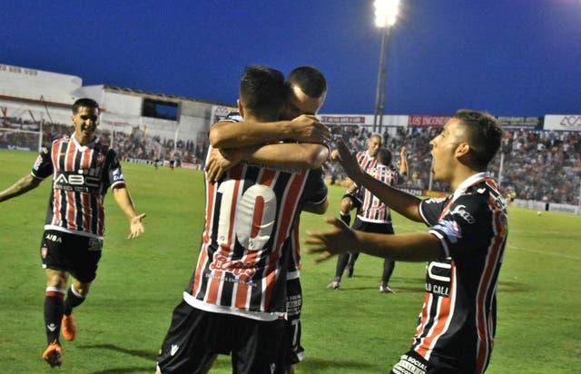 Chacarita ganó en Córdoba