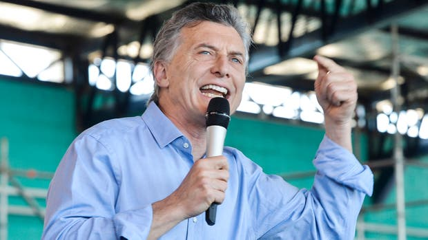 El Presidente encabezó un acto proselitista en San Luis y festejó la baja de la pobreza