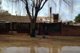 Continúa el mal tiempo y se agrava la situación en las zonas inundadas