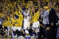 Golden State venció a Oklahoma City y se mantiene con vida