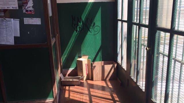 Conmoción en Adrogué al encontrar una granada dentro del Colegio Nacional