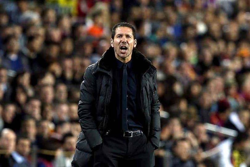 El Cholo Simeone da indicaciones. Foto: AFP