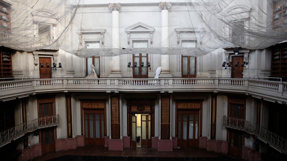Mientras Jorge Luis Borges se desempeñaba como director de la Biblioteca Nacional era costumbre que el autor celebrara su . Foto: LA NACION / Santiago Filipuzzi