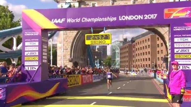 La llegada de Rosa Godoy en el Mundial de Atletismo