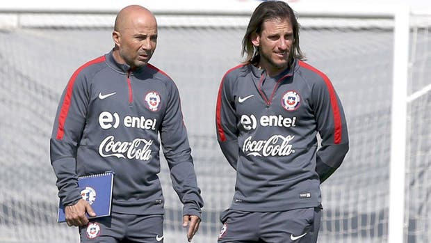 Jorge Sampaoli con Sebastián Beccacece, cuando dirigían a la selección de Chile