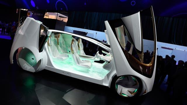 Un Toyota Concept-i, un prototipo de vehículo autónomo que la firma japonesa mostró en Las Vegas en enero