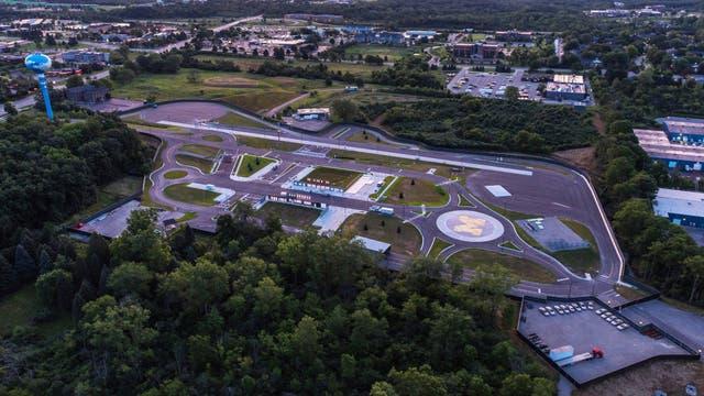 M-City, la falsa ciudad construida en Michigan para hacer pruebas con vehículos autónomos