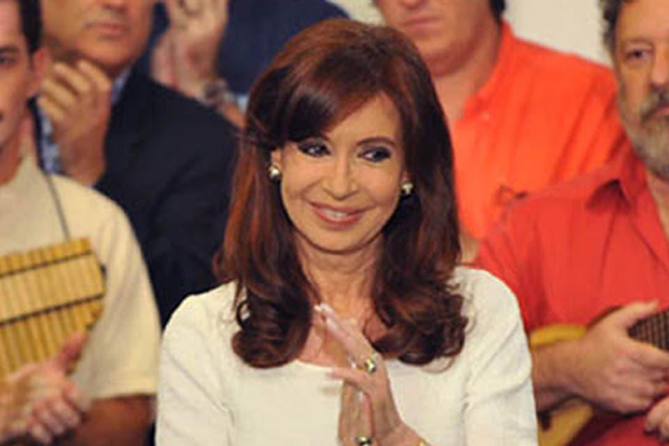 Cristina Kirchner se fracturó el tobillo izquierdo y está en reposo en Olivos