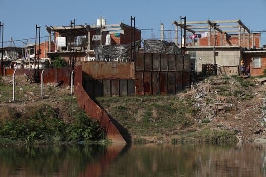 Con menos basura, el curso volvió a ser navegable después de muchos años. Foto: LA NACION / Hernán Zenteno