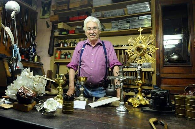 Juan Carlos Pallarols en su lugar de trabajo