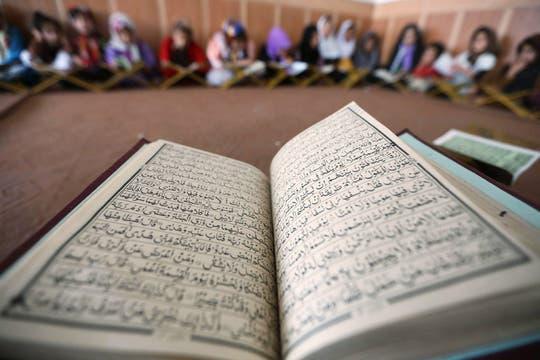 El Ramadán es el noveno mes del año lunar de los mahometanos; durante 30 días observan riguroso ayuno. Foto: EFE