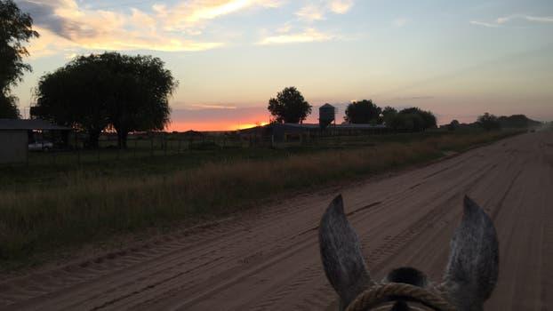 Travesía a caballo. Foto: Agustín Mayer