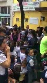 Las maestras que le cantaron a sus alumnos para calmarlos durante el terremoto en México