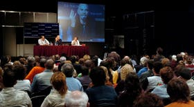 Lanata, Caparrós y Jorge Fernández Díaz, en un debate sobre periodismo y literatura