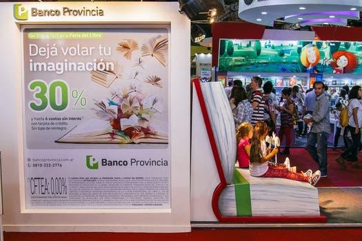 Miles de clientes disfrutaron del stand de Banco Provincia en la Feria del Libro.