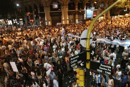 Se trata de la segunda gran protesta contra el Gobierno convocada desde las redes sociales. Foto: LA NACION / Mariana Araujo