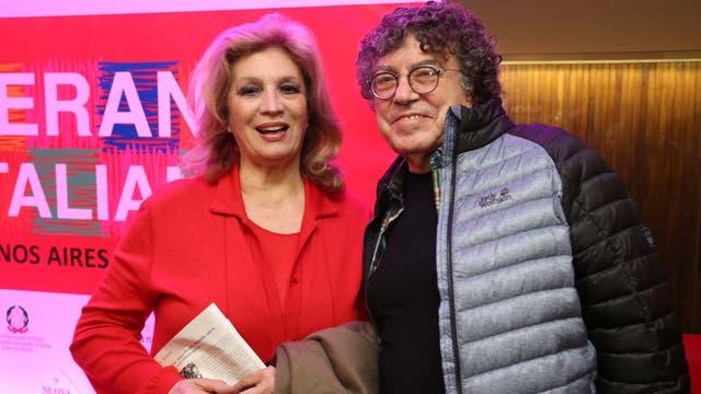 ¿Qué es de la vida de Piero? El artista estuvo presente en un evento para fomentar la cultura italiana en nuestro país y allí se sacó una foto junto a la cantante Iva Zanicchi