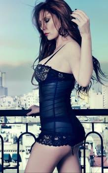 Celina se encuentra trabajando en el desarrollo de su propia linea de ropa.