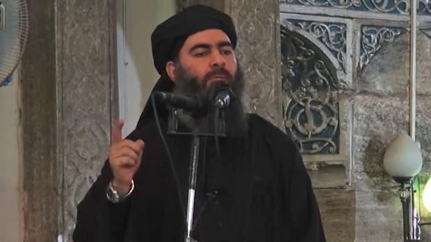 El líder de EI, Abu Bakr al-Baghdadi, saltó a al fama mundial cuando anunció la creación del califato en Mosul, a mediados de 2014. Desde entonces no tuvo apariciones públicas y se lo ha dado por muerte en varias ocasiones