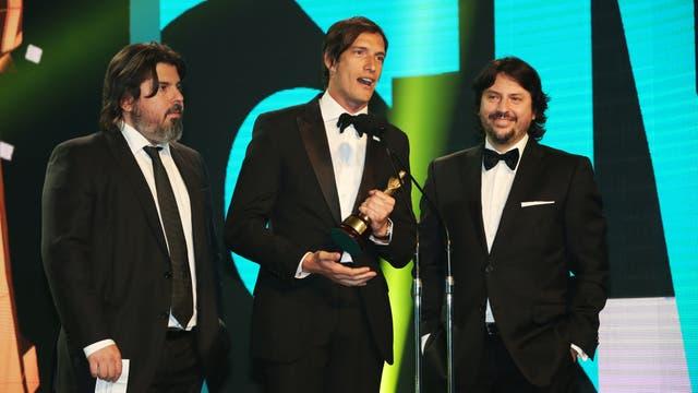 Iván de Pineda recibe el Martín Fierro 2015 por Resto del mundo