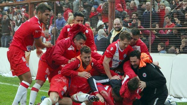 El eufórico festejo de Argentinos tras el gol del campeonato