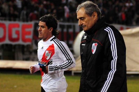 La goleada ante Tigre, junto a Ariel Ortega. Foto: FotoBAIRES