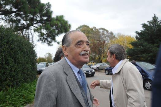 El Dr. Julio Strassera asistió a la despedida del escritor quien presidió la Conadep. Foto: Patricio Pidal/ AFV