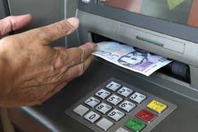 Nuevas medidas de control para la extracción de dinero en otros países a partir de cuentas argentinas