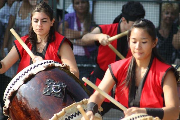 La agrupación de tambores japoneses Buenos Aires Taiko estará presente en el festival