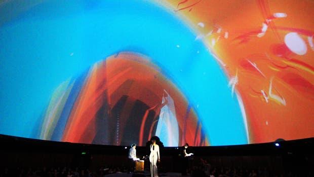 Cuadro, videoinstalación con música y visualizaciones en vivo del grupo Entre Ríos