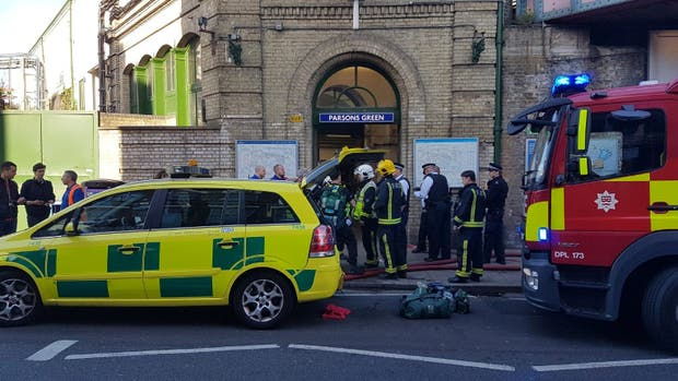 """La estación Parsons Green, en Fulham, sufrió una explosión que la policía catalogó como """"incidente terrorista"""""""