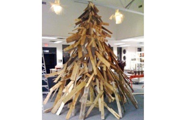 ¿Qué tal este divertido arbolito de Navidad? Y si no te gusta, siempre sirve para hacer un asado.... Foto: Pinterest