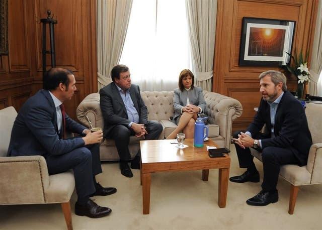 Los gobernadores Gutiérrez y Weretilneck se reunieron con Bullrich y Frigerio