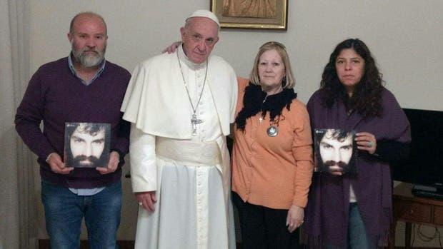 El papa Francisco se muestra