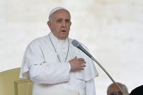 El Vaticano se desligó del llamado del Papa a una pareja en Santa Fe