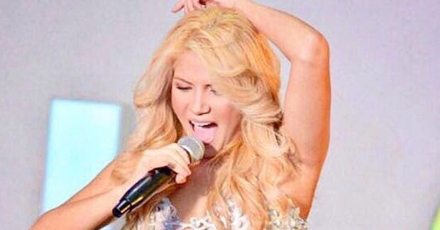 Shakibecca, la doble internacional de Shakira que triunfa por su parecido a la cantante