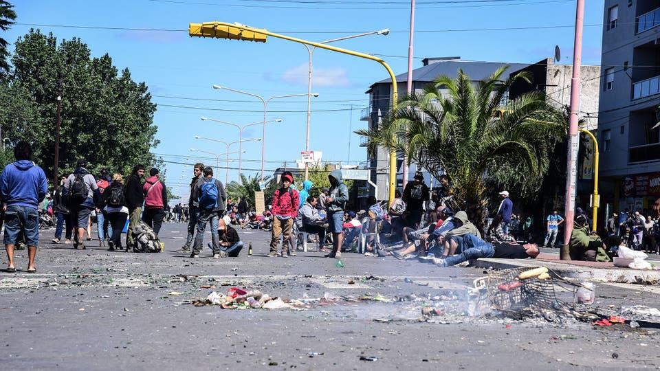 Tras el recital del Indio Solari la ciudad de Olavarría quedó colapsada. Foto: LA NACION / Alejandro Casamayou