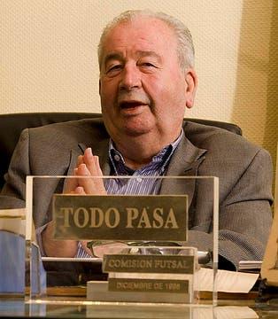 Durante una entrevista en la AFA el 23 de mayo de 2011. Foto: Archivo