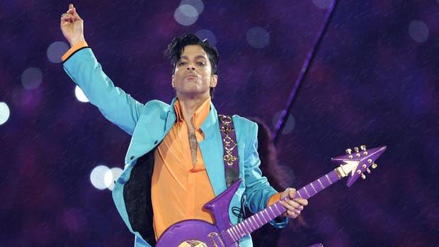 La herencia de Prince será dividida entre sus hermanos