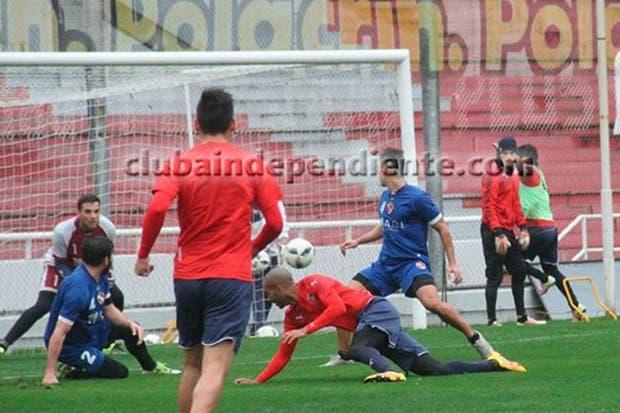 Independiente se puso a punto ante su homónimo de Chivilcoy