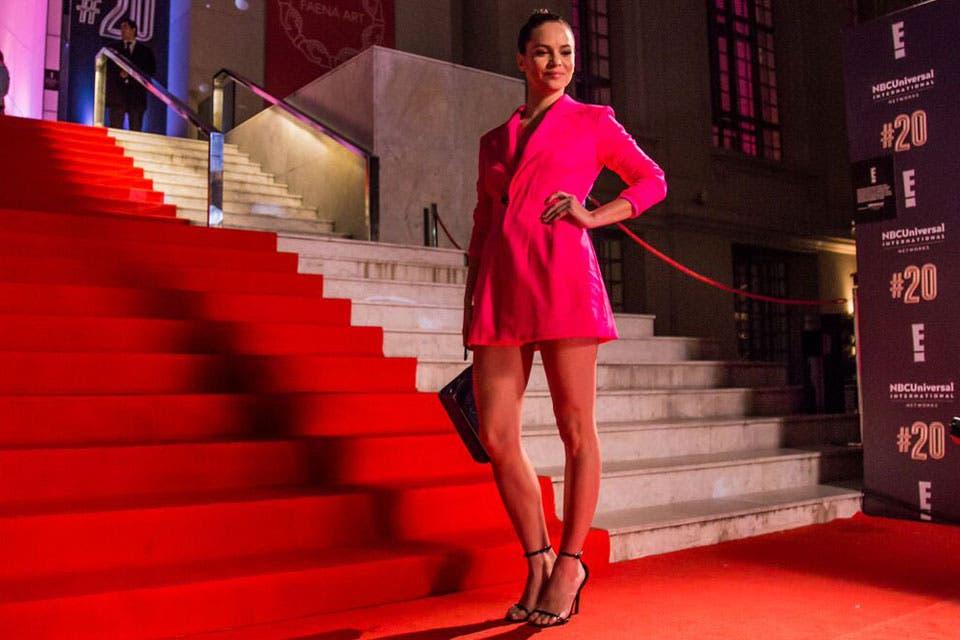 ¡Bomba absoluta! Luz Cipriota se llevó todas las miradas con el estilismo elegido para la red carpet de E.